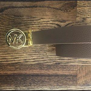Michael Kors ladies reversible belt size small